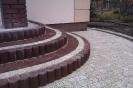 Jadar, palisada ring kolor brąz, kostka arco/arco lux z zostawieniem górnej wylewki betonowej na płytkę